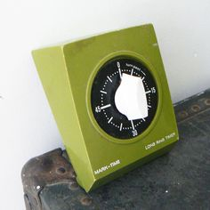Avocado Green Vintage Kitchen Timer. $28.00, via Etsy. Kitchen Timers, Cooking Timer, Vintage Kitchen, Avocado, Green, Etsy, Ideas, Lawyer, Thoughts