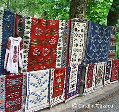 Traditions and Folklore. Romania Tourism, information website regarding travel to Romania. Provides travel information, maps and pictures for Romania. Romania People, Visual And Performing Arts, Traditional Rugs, Travel And Tourism, Rustic Design, Textiles, Folklore, Art And Architecture, Art Decor