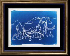 Frise de chevaux et mammouths, issue d'une gravure rupestre préhistorique en cyanotype