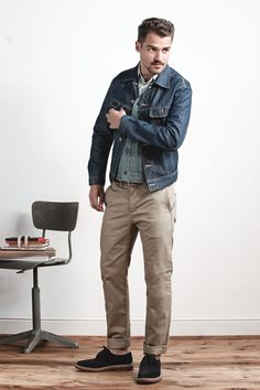 For a casual look that's simple, can't go wrong with Khakis and Denim #khaki #denim