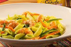 Receita de Penne com legumes, pesto de rúcula e camarão em receitas de massas, veja essa e outras receitas aqui!