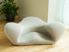 Alexia | Fabric Ergonomic Meditation Cushion