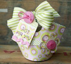 Stampin' Up! Basket and Blooms Die - so cute