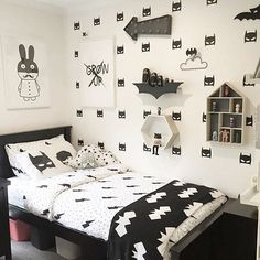 Batman bedroom urbanwalls: A Batman room is always a good idea for a little boys room. Batman Bedroom, Batman Nursery, Batman Room Decor, Cool Kids Bedrooms, Bedroom Kids, Trendy Bedroom, Boys Monochrome Bedroom, Monochrome Interior, Lego Bedroom