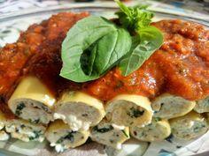 Canelones rellenos de ricotta de tofu con salsa de tomate y albahaca Pasta, Vegan Recipes, Vegan Food, Quiche, Healthy, Breakfast, Drink, Pizza Recipes, Vegetarian Recipes
