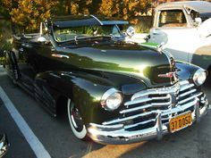 Vintage Cars, Antique Cars, Lo Rider, Car Fix, Chevy Girl, Paint Stripes, Gm Trucks, Car Painting, Amazing Cars