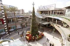 The mall issue:Santa Monica Place- Los Angeles Times