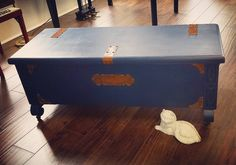 Beautiful old cedar chest with copper accents $165 #ilovetheBURG #instaburg #keepstpetelocal #castaways #vintage #cedarchest #storage #trunks #antique #coffeetable by castawaysrecycledstyle