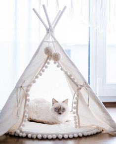 Original Design Cat Bed or Dog Bed: Cat Teepee, Dog Teepee from Cotton with Pom Pom Pad - Cats Cats Cat Teepee, Original Design, Fabric Bunting, Cat Accessories, Baby Pillows, Animals For Kids, Kids Room, The Originals, Cat Beds