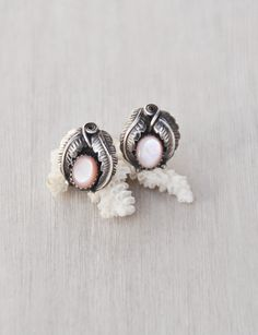 Vintage Navajo Stud Earrings - 925 sterling silver leaf design with pink mother of pearl shell - Southwestern Native American by CuriosityCabinet on Etsy