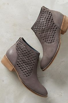 5be6e1d88cfc Seychelles Way Point Ankle Boots
