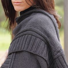 Lovely, and grey is just about my favorite clothes colour. Note, pattern isn't free Zenmon Wrap Pattern