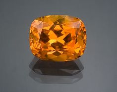 """This 6.76-ct clinohumite is a fine example of the """"sunflower stone"""" from Kuh-i-Lal, Tajikistan."""