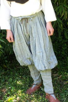 Påsbyxor - Hedeby Pants (by Thatshim  Indunna) plus a lot of other Norse clothing info