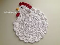 This pattern was originally inspired by a chicken that I saw online a couple years ago, when I went to find a pattern the link was broken (this was way before I discovered Ravelry!)! I really wanted t