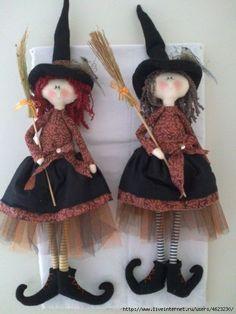 A witch belongs to Heaven ✝️ Moldes Halloween, Halloween Sewing, Adornos Halloween, Manualidades Halloween, Fall Sewing, Halloween Doll, Halloween Ornaments, Halloween Patterns, Cute Halloween
