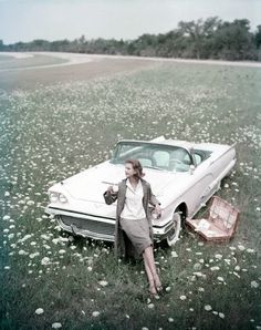 Classic Car Wheels old car wheels diy.Old Car Wheels Diy. Vintage Cars, Vintage Photos, Antique Cars, Vintage Glam, Vintage Vanity, Retro Cars, Vintage Dress, Vintage Fashion Photography, Cabriolet