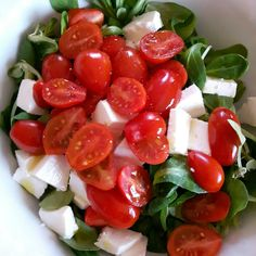 Italian salad with tomatoes and mozzarella cheese