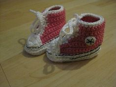 Knitted Converse baby shoes