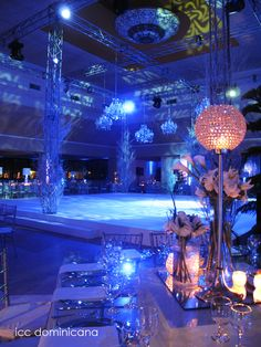 white christmas wedding with crystal centerpieces