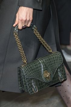 Bottega Veneta at Milan Fall 2017 (Details) Designer Handbags Uk 12802903b1f94