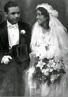 1930s wedding dress and veil on US bride