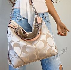coach factory outlet online  This is a beautiful handbag!! I love the size - it is perfect