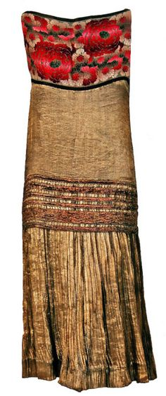 1920's French Metallic-Gold Pleated Lame Floral Drop-Waist Dress Front