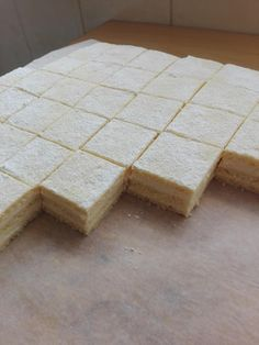 Krémes hókocka, bámulatos sütemény, ebből nem lehet túl sokat készíteni – Közösségi Receptek Feta, Dairy, Cheese