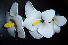 Flores de alambre y globos