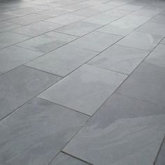 Brazilian Black Slate Paving is one of our most popular types of Natural Stone and features a distinctive blend of black, dark grey and blue tones. Slate Pavers, Grey Paving, Slate Patio, Patio Slabs, Bluestone Patio, Slate Garden, Garden Tiles, Patio Kits, Outdoor Paving