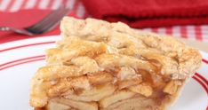 Eating Apple Pie When my family wants a sweet treat, I still keep it clean! This recipe for Clean Eating Apple Pie is fantastic! When my family wants a sweet treat, I still keep it clean! This recipe for Clean Eating Apple Pie is fantastic! Healthy Desserts, Just Desserts, Delicious Desserts, Dessert Recipes, Healthy Recipes, Yummy Food, Healthy Apple Pies, Summer Desserts, Apple Desserts