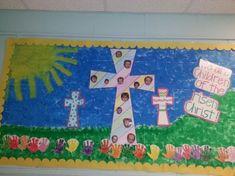 Easter classroom door friends 63 New Ideas Crayon Bulletin Boards, Religious Bulletin Boards, Easter Bulletin Boards, Classroom Bulletin Boards, Classroom Door, Classroom Ideas, Craft Activities For Kids, Preschool Crafts, Rainbow Activities