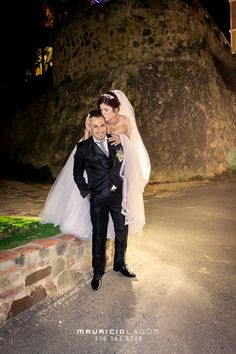 Mauricio Lagos | Fotógrafo Móvil o Whatsapp 316 3635208 #bodas #eventos #matrimonio #anillos #marriage #love #belleza #weddingday #vestidodenoiva #nikon #mauriciolagosfoto #bucaramanga #santander #colombia