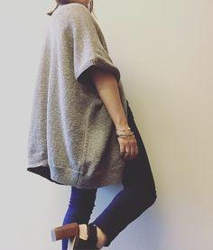 Aritzia community iconic cape, aritzia Wilfred tandis shirt, Aritzia 3x3 jeans, Steve Madden nimbble mules