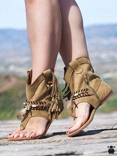 Las 12 mejores imágenes de sandalias con flecos | Sandalias