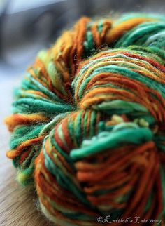 handspun yarn -a work of art in themselves and these in my favorite color combination. Spinning Wool, Hand Spinning, Spinning Wheels, Yarn Inspiration, Orange And Turquoise, Aqua, Yarn Thread, Hand Dyed Yarn, Yarn Colors
