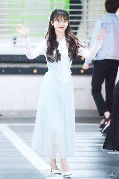 Iu Fashion, Korean Fashion, Japanese Fashion, Iu Hair, Celebs, Celebrities, Korean Outfits, Korean Beauty, Girl Crushes
