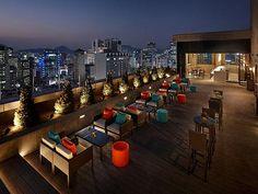 지금 서울에서 가장 입소문 자자한 호텔의 야외 루프톱 바를 총집합 시켰다.