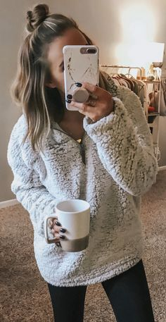 cozy winter outfits ~ gemütliche winteroutfits cozy winter outfits ~ With Boots winter outfits; With Leggings winter outfits; With Skirts winter outfits Winter Outfits For Teen Girls, Fall Winter Outfits, Autumn Winter Fashion, Autumn Casual, College Winter Outfits, Black Women Fashion, Look Fashion, Fashion Outfits, Womens Fashion