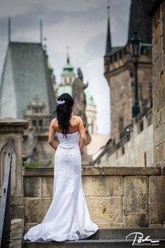http://www.pelucha.cz/wp-content/uploads/2015/06/wedding-photo-prague-10.jpg