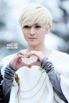 NU'EST  Ren- Why's he so gorgeous? I just don't understand. How could the universe make someone to AWESOME!!!! <3