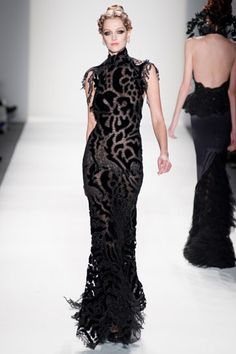 Too much? I like. Venexiana. Fall/Winter 2012. NYFW. Follow pins and tweets @GiselleUgarte