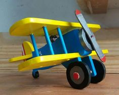 Wood Toys, Colour, Metal, Kids, Woodworking, Furniture, Wood Projects, Kid Games, Crafts