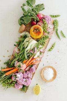 Carrot turmeric hummus