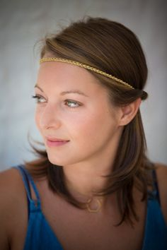 Headband Mailles dorées crochetées  fait main. par MayerCreation