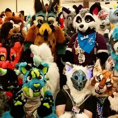 Giant group of furries! :D #fursuit #furry #fursuiting #fursuitouting #furryconvention #convention #Megaplex #megaplexcon #megaplex2016 #aunumwolf42