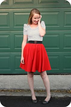 Circle skirt from Sew Retro blog - I love circle skirts so much! But shops always make them far too short!