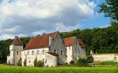 Château-monastère Corroirie-du-Liget,Route de Loches à Montrésor, Montrésor, France.