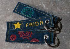 """Key Fobs"" from the ""Pendant (ITH)"" Collection at www.AnjaRiegerDesign  #embroidery #DIY # embroidery designs #crafts #AnjaRieger #dogs #Stickdateien #Stickdateienshop #stickdateiendownlaoden #maschinensticken #ITH #pendants #keyfobs #schlüssel"